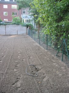 Leitung gelegt, Boden bearbeitet